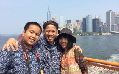 Nhật Nam và cả gia đình