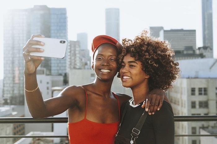 Đồng tính hiện đang được chấp nhận và khá phổ biến trong xã hội các nước đang phát triển