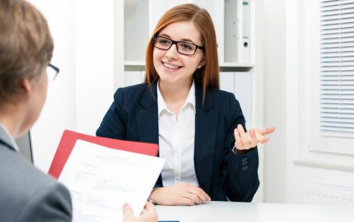 Buổi phỏng vấn chỉ diễn ra từ 3 – 5 phút, nhưng rất nhiều học sinh không thể phỏng vấn thành công dù đã mất nhiều tháng chuẩn bị