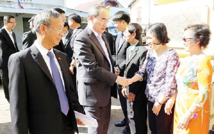 TP Hồ Chí Minh và tỉnh Savanakhet của Lào thiết lập quan hệ hữu nghị hợp tác