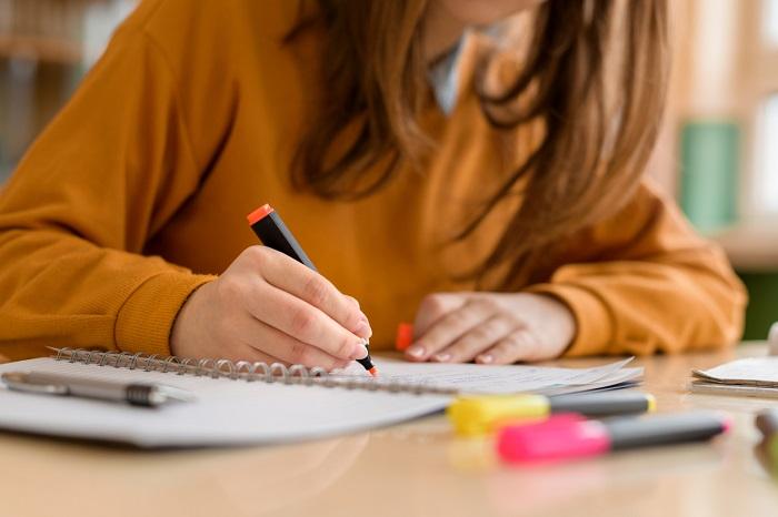 Thời gian cần thiết để hoàn tất bộ hồ sơ du học Mỹ ít nhất chín tháng đến lúc bạn nhập học