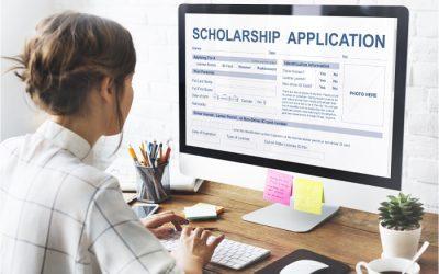 Cần đảm bảo viết đúng các thông tin khi làm hồ sơ xin học bổng