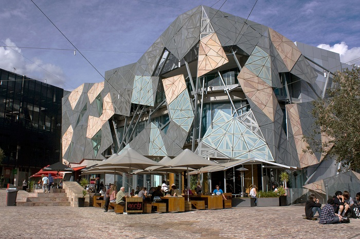 Trung tâm văn hóa Koorie Heritage Trust Cultural Centre nổi tiếng tại Melbourne.
