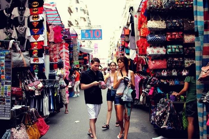 Những địa điểm mua sắm nổi tiếng ở Xieng Khuang – Lào