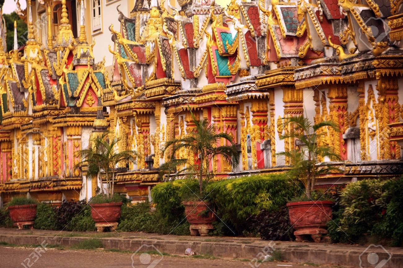 Wat-Sainyaphum-Savanakhet